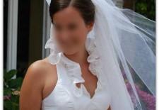 Robe de mariée de Charlotte: Col volanté