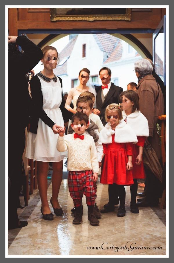 Cortège Louise: cortège d'automne tartan rouge