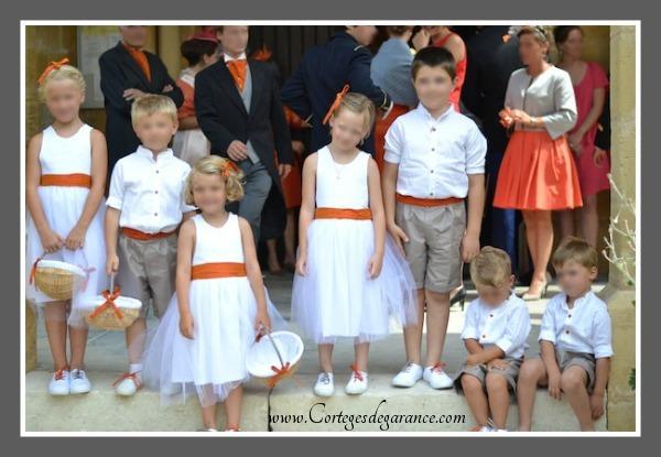 Cortège Agathe: orange et tulle blanc
