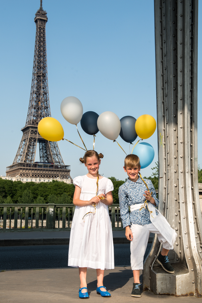Photo: Solène Perrot - City: Robe à smocks, knickers, Chemise cosaque, ceinture à pans
