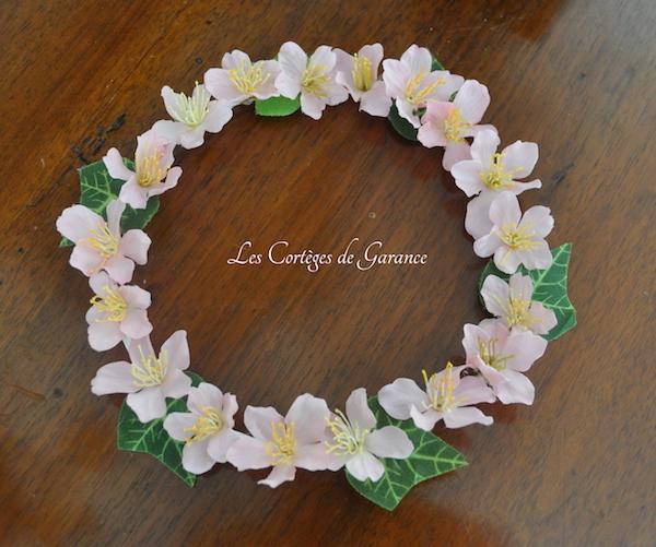 Couronne rose fleurs cerisiers lierre - copie 2