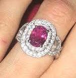 Bague de fiançailles d'Anaïs: Rubellite et diamants